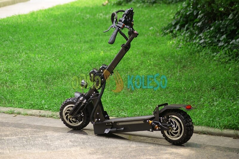 alligator_electric_scooter_slojen.jpg